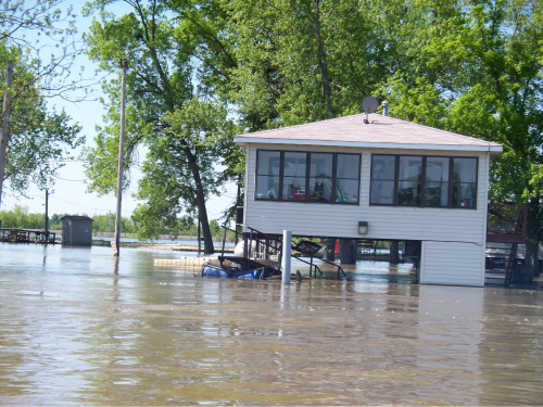 Building in a flood - SCCDEM photo