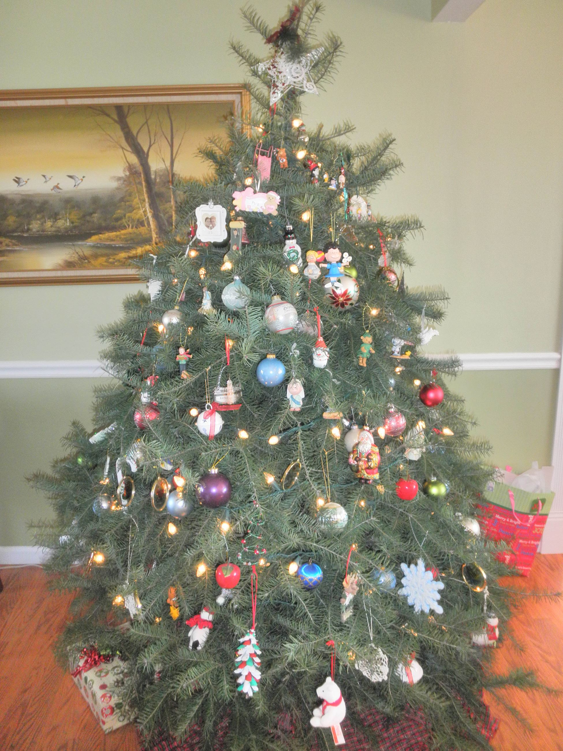Natural Christmas Tree_decorated