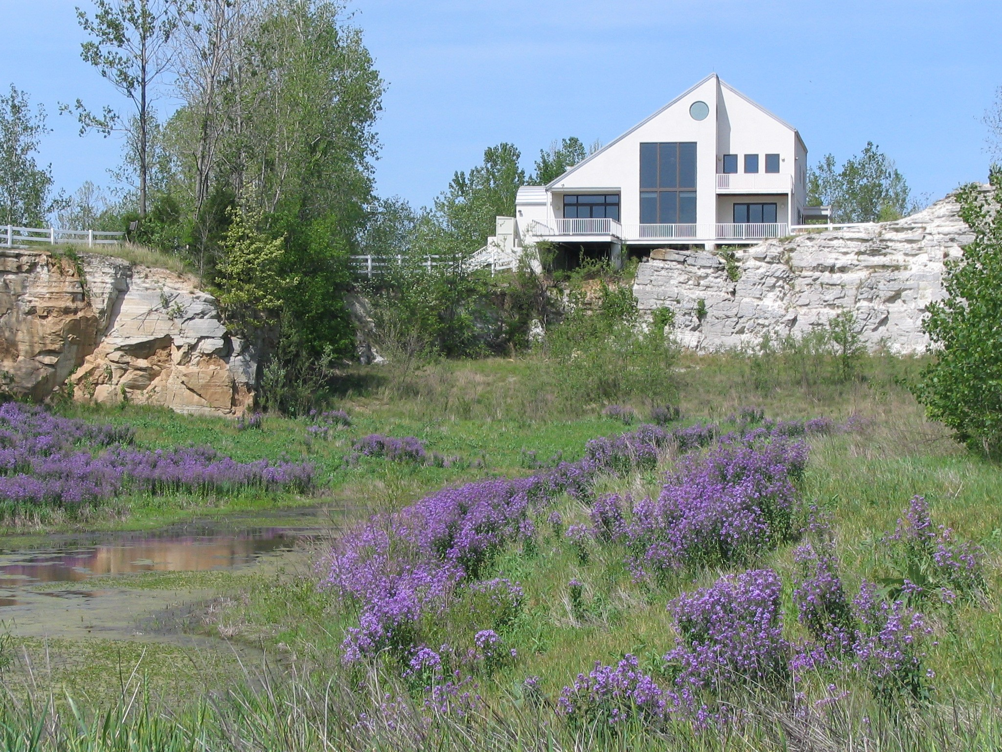Klondike Park Conference Center and flowers